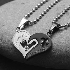 "NWT ""I Love You"" Black Heart Love Necklace"